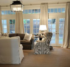 Cote de Texas - living rooms - wall of french doors Texas Living Rooms, Home Living Room, Living Area, Living Room Decor, Living Spaces, Family Rooms, Dining Room, Room Kitchen, Interior Exterior