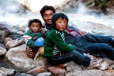 Jamar Waka Hot Springs in Nangchen area of Kham, Tibet. © Martin Newman