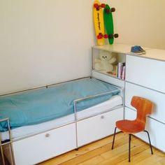 Lit et rangements pour chambre d'enfant - USM Haller