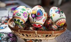 10 Traditional Dishes of Polish Easter - White sausage, rye soup, cakes with poppy seed or cottage cheese: the numerous traditional Easter delicacies in Poland are surprising, sophisticated and inspired by Spring Folklore, Hetalia, Ukraine, Polish Easter, Easter Egg Pattern, Polish Folk Art, Lego, Paper Cut Design, Art Articles