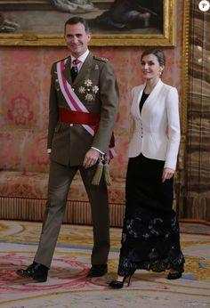 Le roi Felipe VI d'Espagne présidait, avec la reine Letizia, la Pâque militaire au palais du Pardo à Madrid le 6 janvier 2016. Leur entrée officielle dans la nouvelle année.