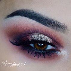 Beautiful look @ladydanger1 BROWS: #dipbrow in Ebony EYES: Modern Renaissance palette #anastasiabeverlyhills #anastasiabrows