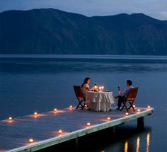 Date on the dock // candlelight // sunset // dinner