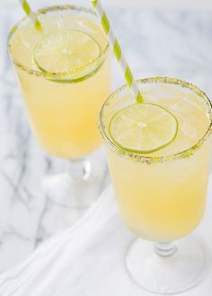 King's Cup Cocktail: vanilla vodka + pineapple juice + coconut syrup + lime juice + champagne