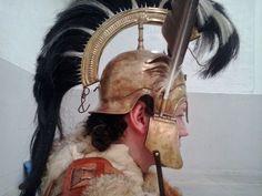 Ancient Armor, Medieval Armor, Iron Age, Greek Man, Armadura Medieval, Arm Armor, Barbarian, Historical Clothing, Romans