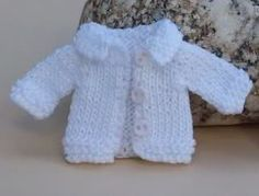 Imagen Pet Clothes, Barbie Clothes, Dog Language, Child Doll, Barbie And Ken, Knitted Dolls, Needlework, Minis, Miniatures