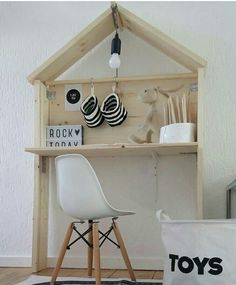 House shaped desk