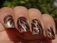 Hanging leaves via #nickynailslove #nailart #polish  - bellashoot.com