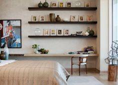 décoration de chambre d'adulte avec meuble design et aménagement de bureau