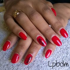 vernis permanent rouge nail art stamping