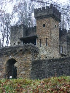 LOVELAND CASTLE, OHIO, USA - Harry Andrews built this stone castle in the on the bank of the Little Miami River. Go to Loveland all the time! Abandoned Castles, Abandoned Mansions, Abandoned Places, Haunted Places, Chateau Medieval, Medieval Castle, Loveland Castle, Loveland Ohio, Beautiful Castles