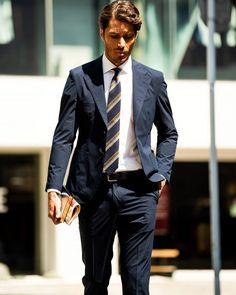 機能的なのに大人顔!オンオフ使いの大本命セットアップが秘める魅力とは? | OTOKOMAE / 男前研究所 Suit Fashion, Mens Fashion, Groom Attire, Groom Suits, Business Fashion, Business Style, Groom Style, Formal Wear, Mens Suits