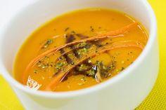Hustá mrkvová polievka s hokkaido tekvicou