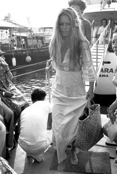 Bardot - a feminine boho classic! I would so wear this dress today! More