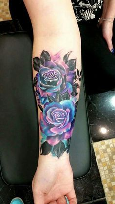 Can we talk about this multi colored rose tattoo?! Absolutely stunning! I found this on a tattoo page on Facebook!
