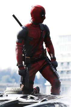 Ryan Reynolds on set. Is this not one of the most beautiful things you've ever SEEN?!?!! Marvel better not screw this movie up....well, at least they've got the costume spot on.