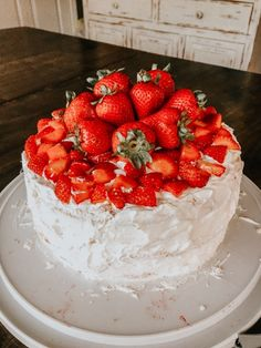 Snack Recipes, Snacks, Yummy Food, Tasty, Aesthetic Food, Food Cravings, Let Them Eat Cake, Love Food, Sweet Tooth