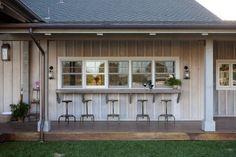 great kitchen window bar & stools