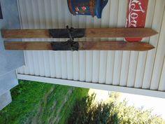 vintage/antique wooden skis   59  long chalet decor     #1126