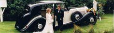 Die Marke der Schönen & Reichen...Rolls Royce.  Die Auswahl der Fahrzeuge ist eine Reise durch die Zeitgeschichte, Von einem Rolls-Royce Phantom I aus den USA von 1929, einem Rolls-Royce Phantom II von 1935 aus England, der für seinen ersten Besitzer Sir Billy Butlin eigens gebaut wurden, einem Rolls-Royce Silver Wraith wie ihn auch das Königshaus noch heute fährt bis zum Rolls-Royce Corniche III Cabrio von 1992.
