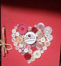 Manualidades de amor: Tarjeta de con corazón de botones.
