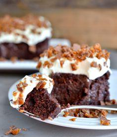 "Har du hørt om ""Bedre end sex kage""? - Franciska Beautiful World Sweet Recipes, Cake Recipes, Snack Recipes, Dessert Recipes, Sweets Cake, Cupcake Cakes, Sarah Bernard, Norwegian Food, Recipes"