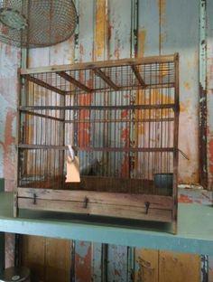 Oude Brocante Vogelkooi Bruin