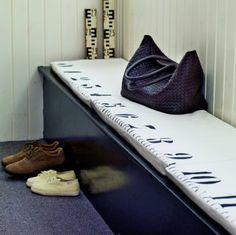 DIY ruler bench cushions