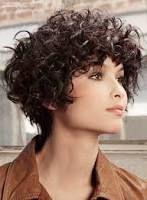 tagli corti per capelli ricci - Cerca con Google