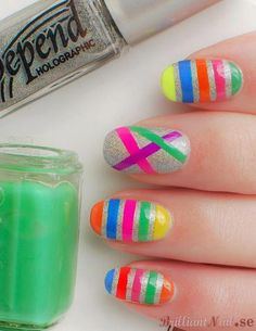nails with color lines