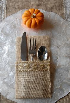 These would be really pretty on a Thanksgiving table! Burlap Silverware Holder Sets - $7.99