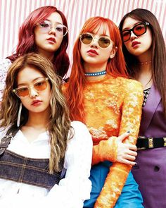 Blackpink with glasses