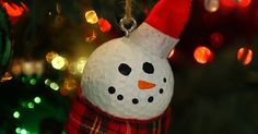 Your Tree Has Never Looked Cuter! Christmas Golf Balls Are The Perfect DIY Project For The Holidays