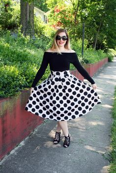 Mod Circus: Wear it Two Ways: Off the Shoulder Top