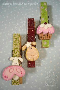 Cute as fridge magnets Cute Crafts, Craft Stick Crafts, Felt Crafts, Wood Crafts, Diy And Crafts, Crafts For Kids, Arts And Crafts, Paper Crafts, Clothespin Art