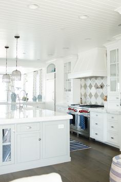 This Week's Q+A: Marble Countertops - Becki Owens