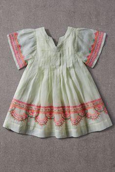 Baby Girl Frocks, Frocks For Girls, Toddler Girl Dresses, Little Girl Dresses, Girls Dresses, Baby Dresses, Girls Frock Design, Baby Dress Design, Baby Design