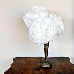 Make these eco-friendly coffee-filter peonies that will never wilt and will last forever. If you're ... - Provided by PopSugar