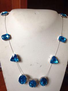 #collana in #filo con #cristalli #blu. Su www.oro18.eu #oro18 #bigiotteria #bijoux #jewelry