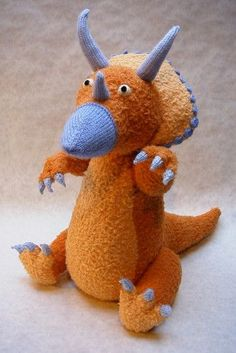 Alan Dart Knitting Pattern: Troy Ceratops
