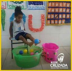 gross motor working with feet Fun Activities For Kids, Sensory Activities, Learning Activities, Preschool Activities, Games For Kids, Kids Learning, Indoor Activities, Motor Skills Activities, Gross Motor Skills
