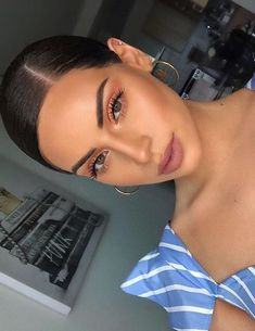 Look de Maquillage : Amo esos colores Shimmery and Natural Summer Makeup - Das schönste Make-up Makeup Trends, Makeup Inspo, Makeup Inspiration, Makeup Tips, Beauty Makeup, Makeup Ideas, Makeup Products, Makeup Tutorials, Huda Beauty