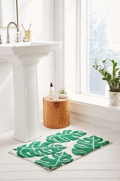 Slide View: 1: All Over Palm Bath Mat