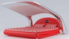 Tecnoneo: Esta cama de alta tecnología está equipada con audio y un proyector incorporado