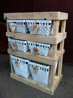 DIY Pallet Storage and Decorative Pallet Shelf | 101 Pallets