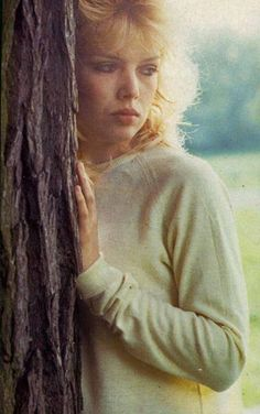 Kim Wilde, 1983. ~ Check out for more pins: https://www.pinterest.com/nenoneo/kim-wilde/