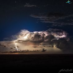 Storm over the Central Wheatbelt, Western Australia Farm Photography, Image Photography, Australia Weather, Wave Rock, Weather Warnings, Weather Underground, Photo Composition, Severe Weather, Thunderstorms