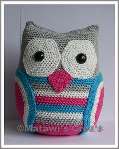 Big Crochet Owl. Check out all her wonderful other Owls. You can buy the patterns as well.