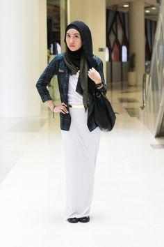 http://abayatrade.com muslim fashion magazine  Simply Look | SitiJwryh