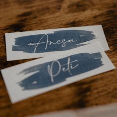 A névkártyák is variálhatóak lesznek az új színsémával, de addig is a Winter Cold kékjével varázsollak el benneteket. 💙 . . . . The name and place cards will also be variable with the new color scheme, but in the meantime I will enchant you with the blue of Winter Cold. 💙 . . . . . . . . . . . . #wedding #weddinginspiration #weddinginvitations #weddingcards #weddinginspo #weddingnamecards #bride #groom #weddingring #mrandmrs #engagedcouple #comingsoon #paperworks #weddingpaperworks #paperdesig Cold Wedding, Wedding Name Cards, Wedding Paper, Engagement Couple, Meringue, Bride Groom, Color Schemes, Place Cards, Wedding Inspiration